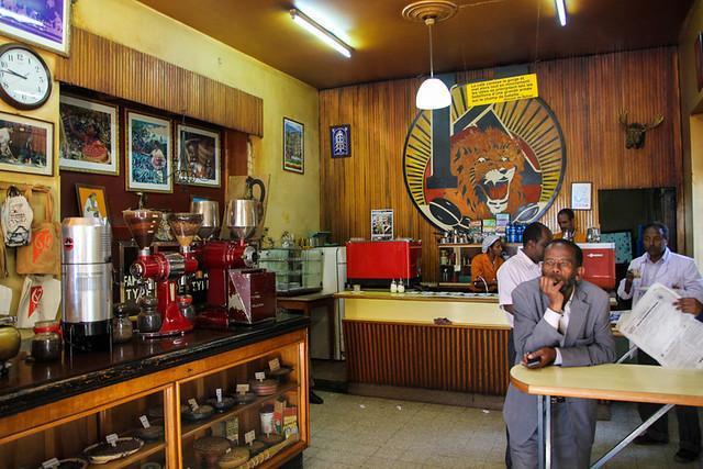 Tomoca Cafe - это достаточно интересное заведении в столице Эфиопии