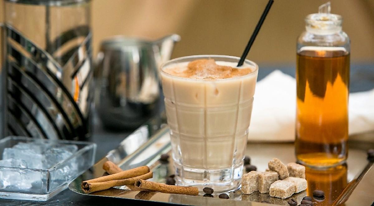 напиток кофе с амаретто